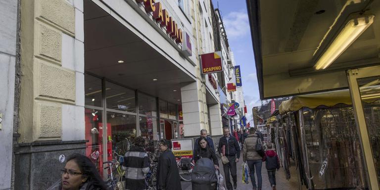 Waarom winkelketens juist nu omvallen