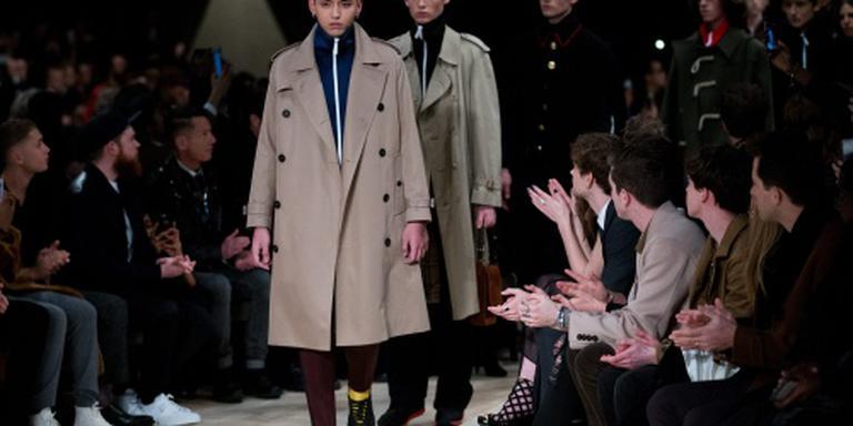 'Overnamegeruchten rond modehuis Burberry'