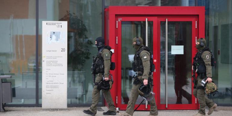 Duitsland zoekt link verdachten en 'Parijs'