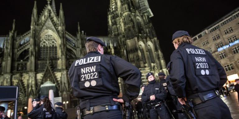 Buitenlanders belaagd in Keulen