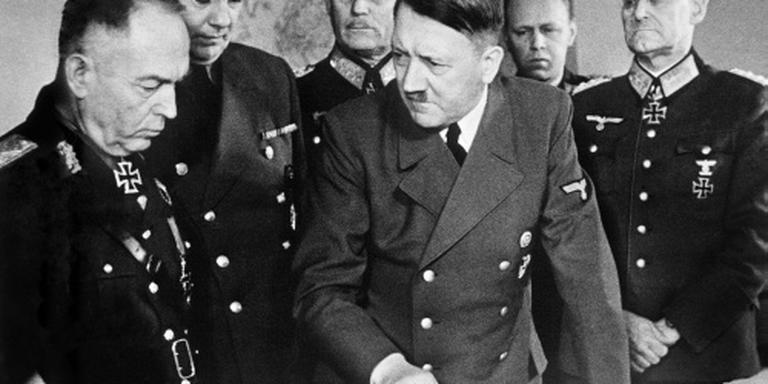 Onderzoek: Hitler had broertje met waterhoofd