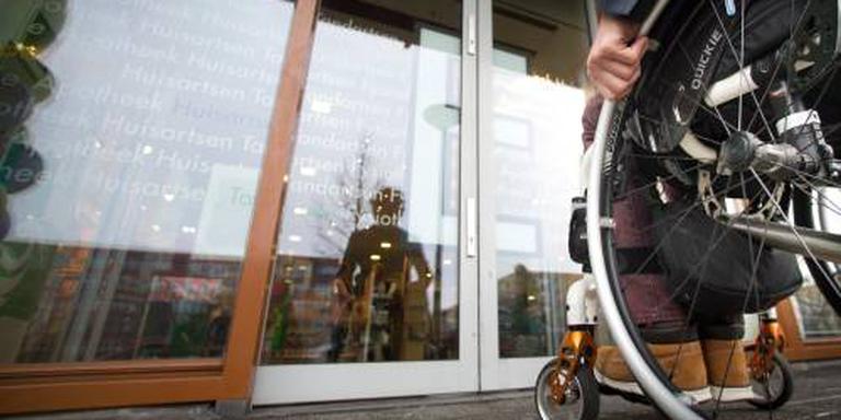 Kabinet wil drempel voor gehandicapte opruimen