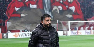 UEFA waarschuwt en beboet AC Milan