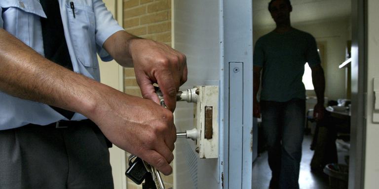 Gevangenen snuffelen aan 'buiten'