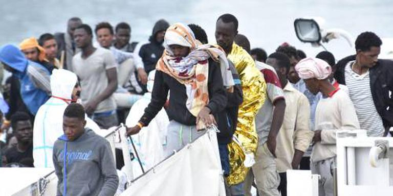 Italië blijft migranten opnemen van EU-schepen