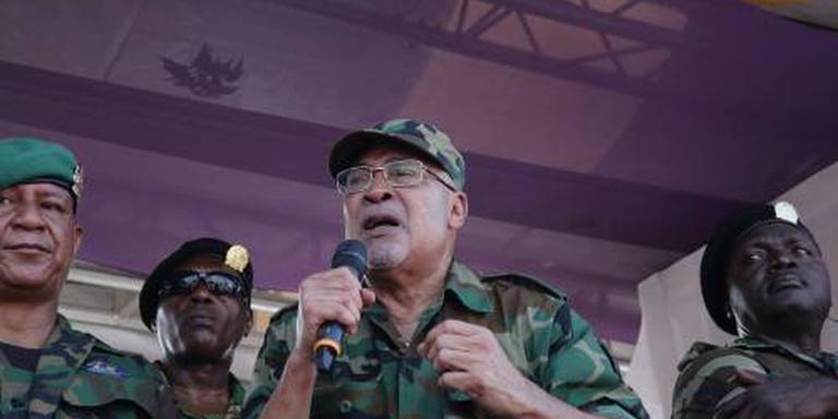 Duizenden Surinamers betogen tegen Bouterse