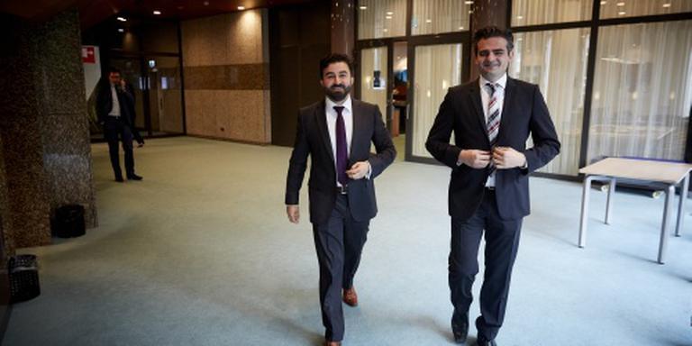 Minder geld voor 'zetelrovers' Tweede Kamer