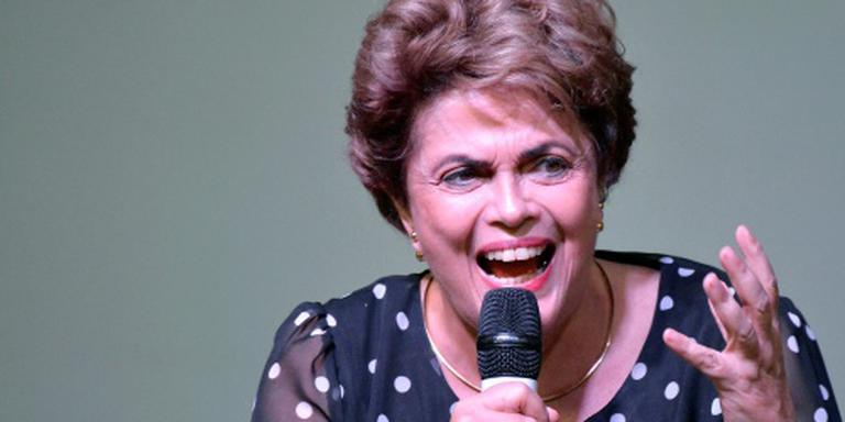 Rousseff stelt referendum in het vooruitzicht