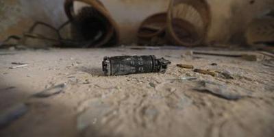 Acht kinderen dood na spelen met handgranaat