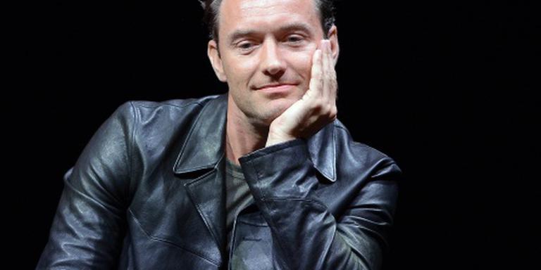 Jude Law in openingsstuk cultuurforum