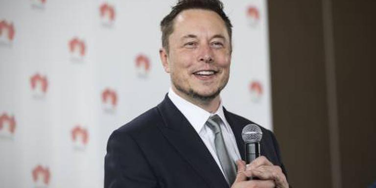 'Toezichthouder bekijkt Tesla-tweets Musk'