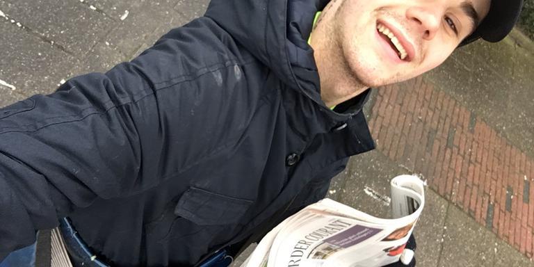 Erick Brons, de krantenbezorger in Westeinde.