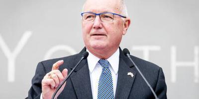 Ambassadeur VS in Kamer verandert niets