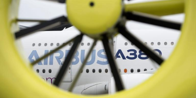 Airbus snijdt fors in productie A380