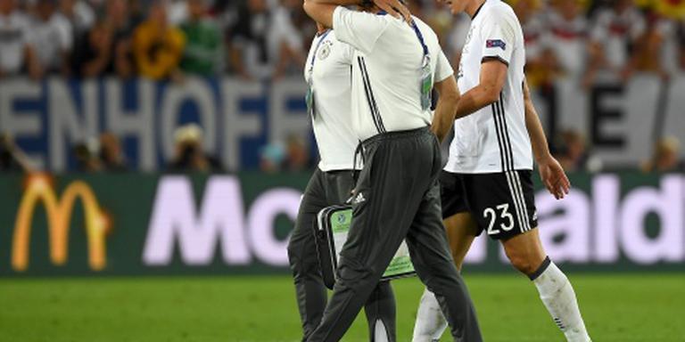 Duitse spits Gomez niet meer in actie op EK