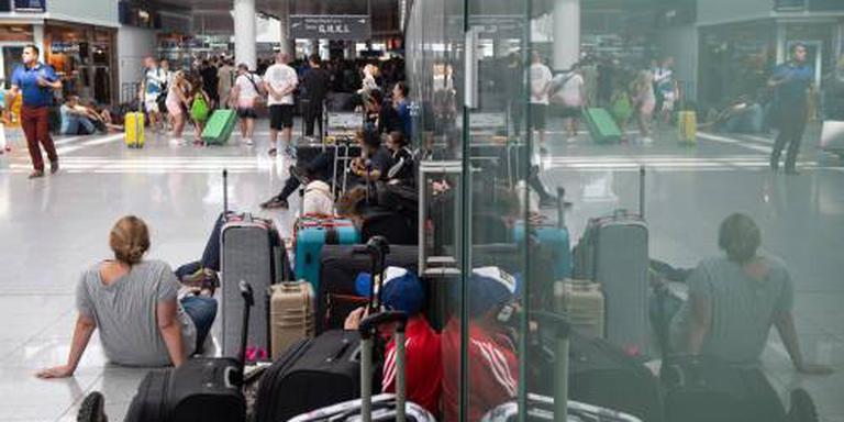 Tienduizenden reizigers gedupeerd in München