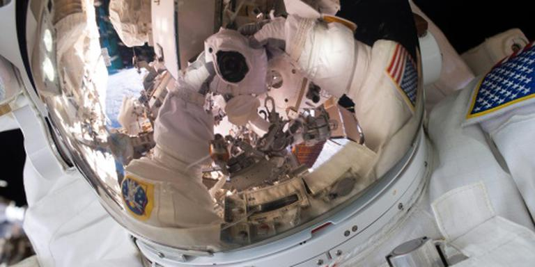 Bemanning ISS veilig geland in Kazachstan