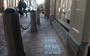 Joodse oorlogsslachtoffers herdacht met tegels in stoep