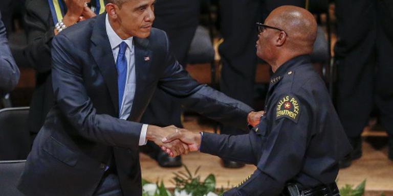 Obama: jeugd krijgt sneller pistool dan boek