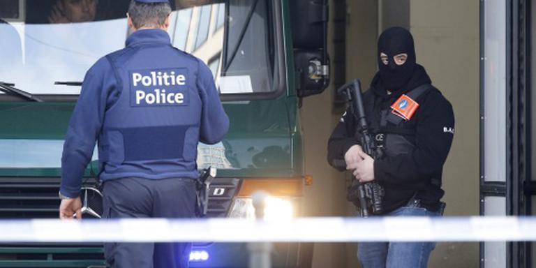 Zes terreurverdachten Brussel langer vast