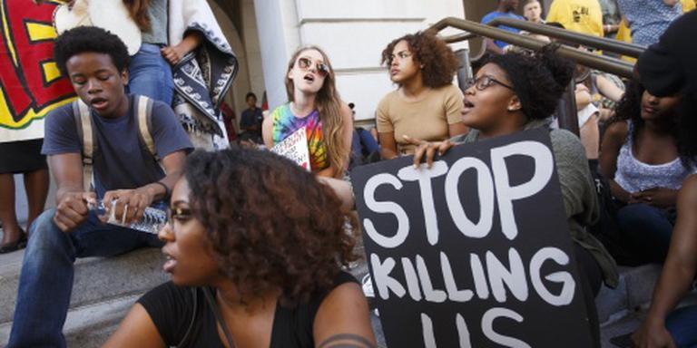 'Doodschieten zwarte man VS was fout'