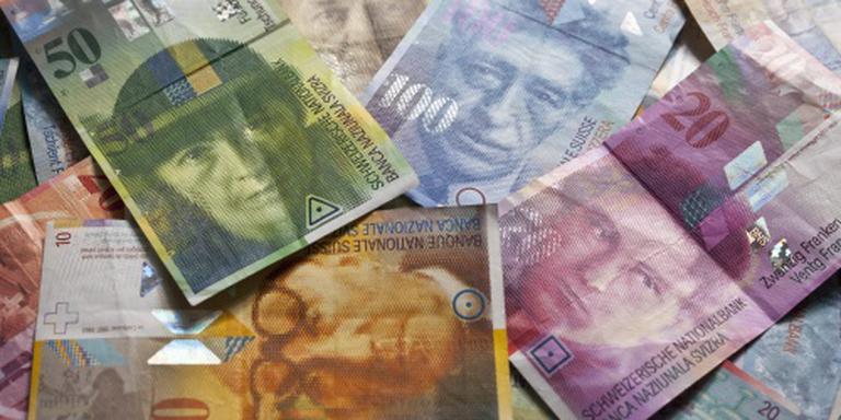 Zwitsers soepeler met geld dictators