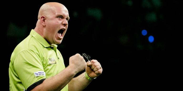 Darter Van Gerwen stoomt door in Blackpool