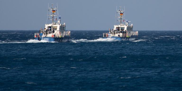 Honderden migranten uit zee gered