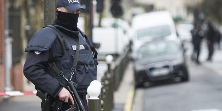 Actie tegen mogelijk terrorisme bij Parijs