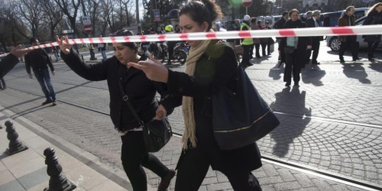 Turken houden drie Russen aan