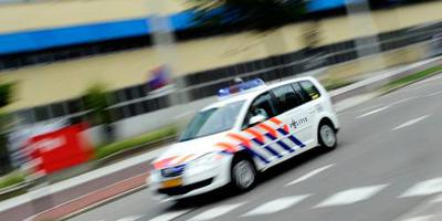 Hardrijder maant politie aan de kant te gaan