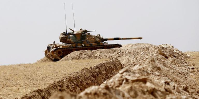 Tukije wil 'IS-vrije strook' langs grens