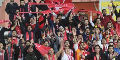 Turken winnen ook tweede duel EK-kwalificatie