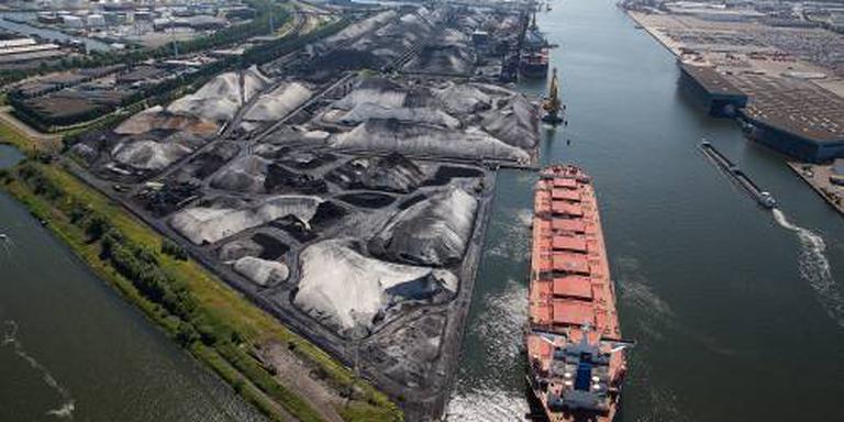 Overslag haven Amsterdam loopt stevig terug