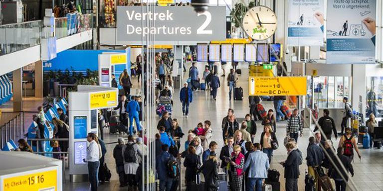 Beveiligers Schiphol trekken aan de bel