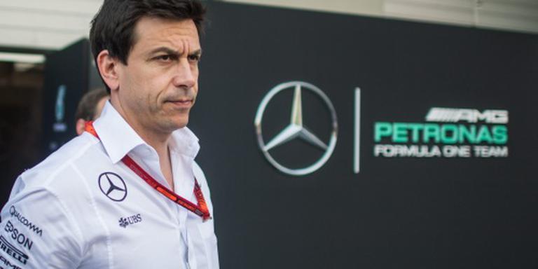 Wolff dreigt met stalorders bij Mercedes