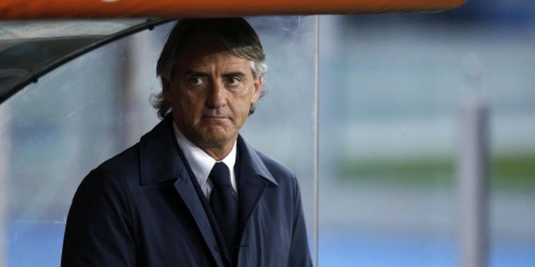 Inter en trainer Mancini uit elkaar