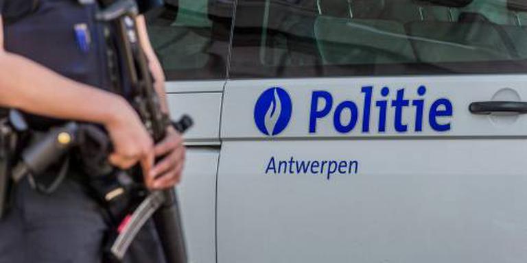 Vlaamse politie pakt bijna 100 migranten op