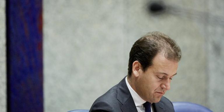 Minister verdedigt AOW-regel bezet gebied
