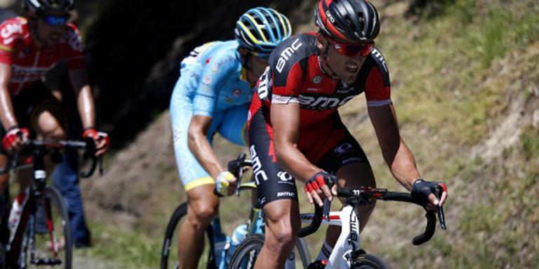 Van Avermaet wint vijfde etappe en pakt geel