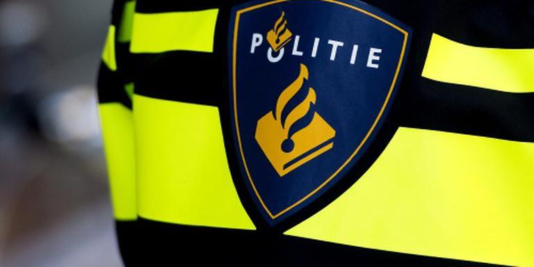 Bus in Almere met steekwapens overvallen
