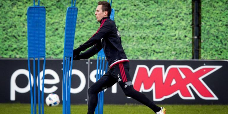'Ajax zwicht voor megabod van Napoli op Milik'