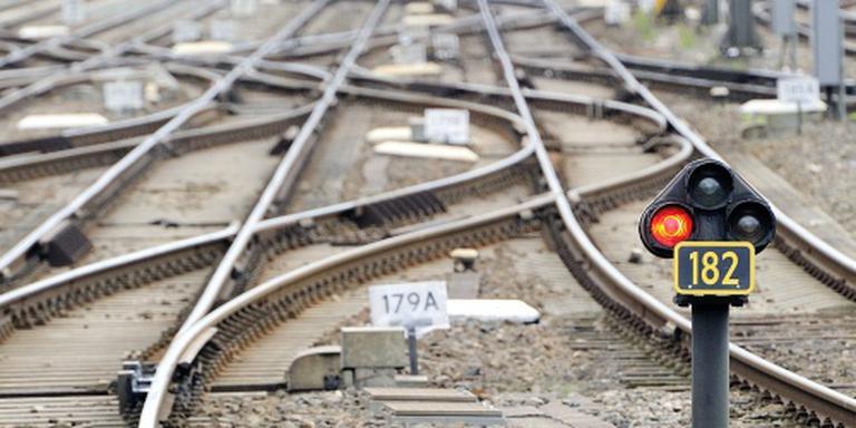 Franse trein ramt boom: dertien zwaargewonden