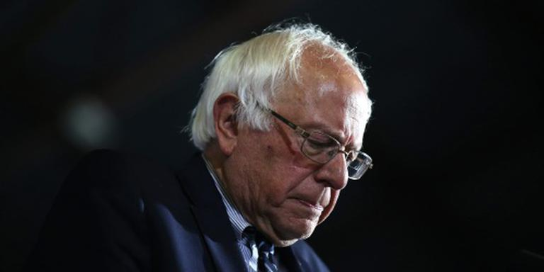 Sanders geeft strijd met Clinton niet op