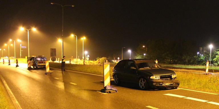 Bij De Westereen werd de automobilist aangehouden. FOTO DE VRIES MEDIA