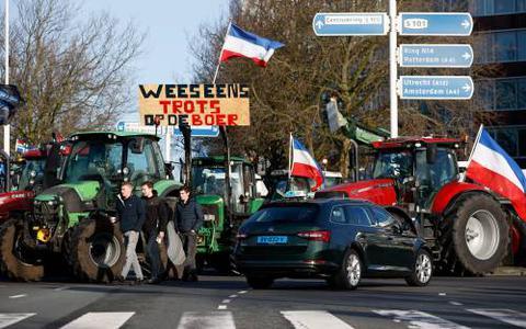 Waarom gaan de boeren uitgerekend vandaag weer de straat op?