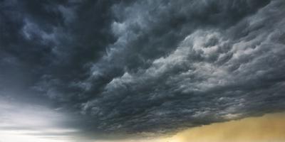 Hittegolf, zomerstorm en veel plensregen