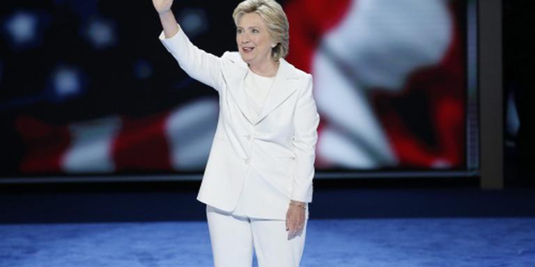 Hillary op zwart in Melbourne