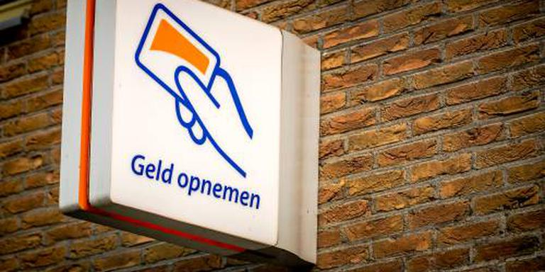 Kamer wil Hoekstra spreken over boete Rabobank