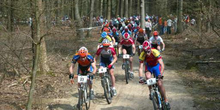 Mountainbikers in het bos. FOTO ARCHIEF LC.
